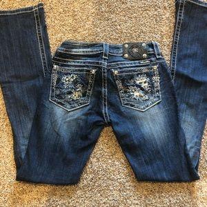 Medium/dark wash jeans
